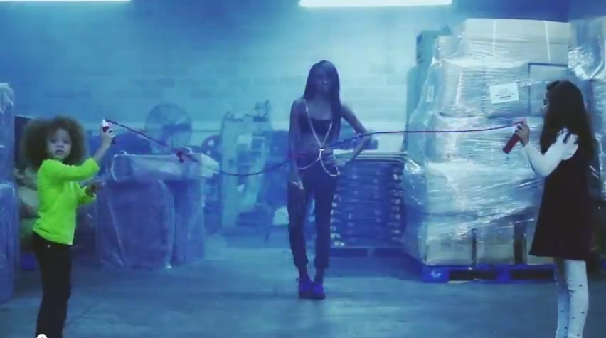 "Angel Haze – ""Werkin Girls"" (Video)"