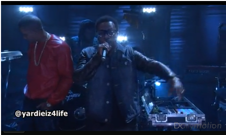 """Nas feat. Anthony Hamilton – """"World's An Addiction""""- Live in Conan (Live-Video)"""
