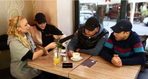 """Olexesh, Celo & Abdi reden mit Visa Vie über das """"Authentic Athletic""""- Mixtape (Video-Interview)"""