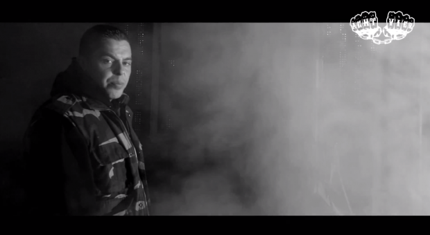 AchtVier - 'Giftgas'- | Aufstand - 14.06.2013