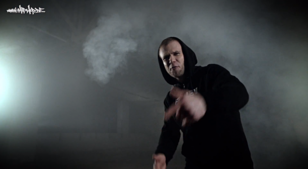 Whzky Frngs - 'Kraft durch Hass' | HipHop.De - Videopremiere